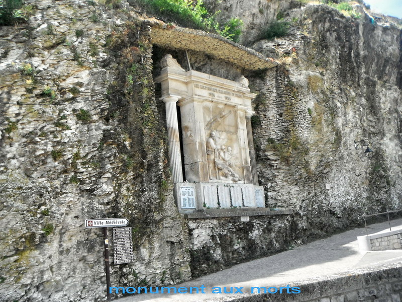 4 Varia à Vaison-la-Romaine
