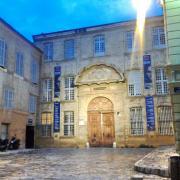 Place de l'Archevêché