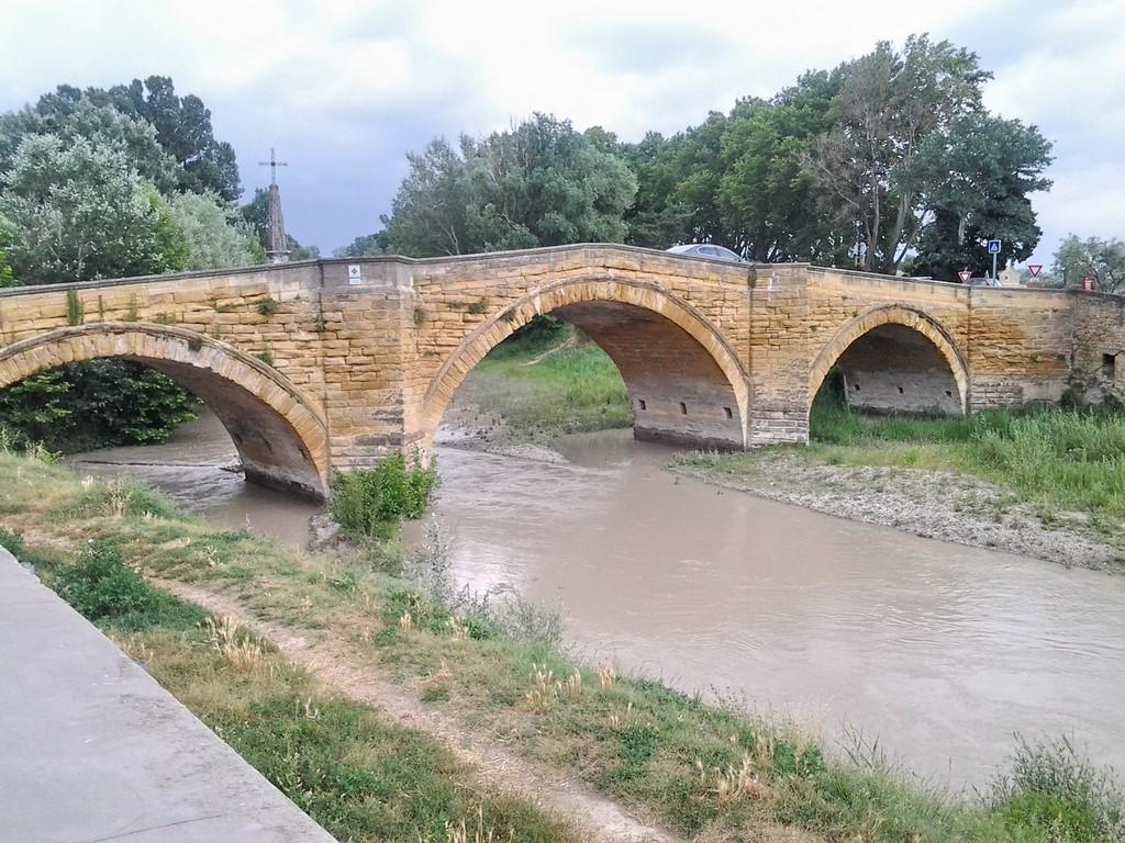 Pont moderne sur l'Ouvèze