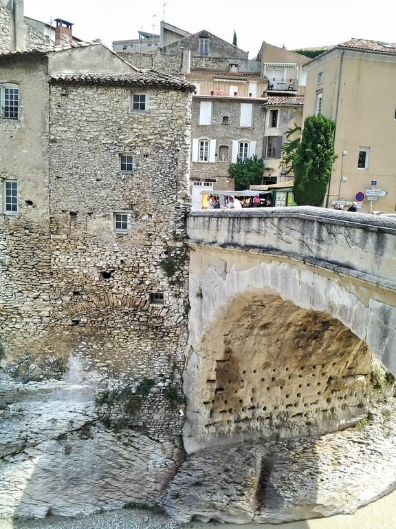 Pont romain vu de l'aval